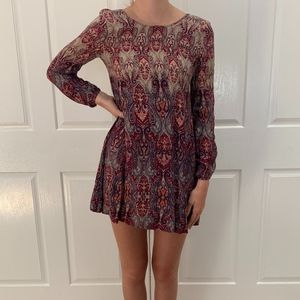 Abercrombie and Fitch long sleeve shift dress